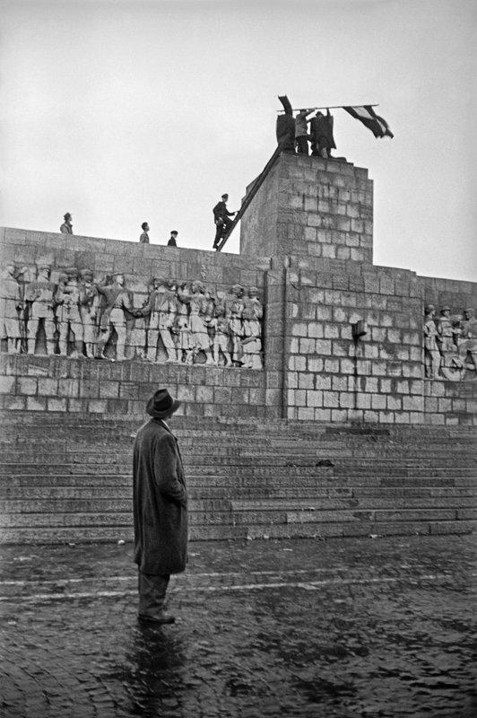 Amikor még úgy tűnt, győzött a forradalom / Fotó: MTI